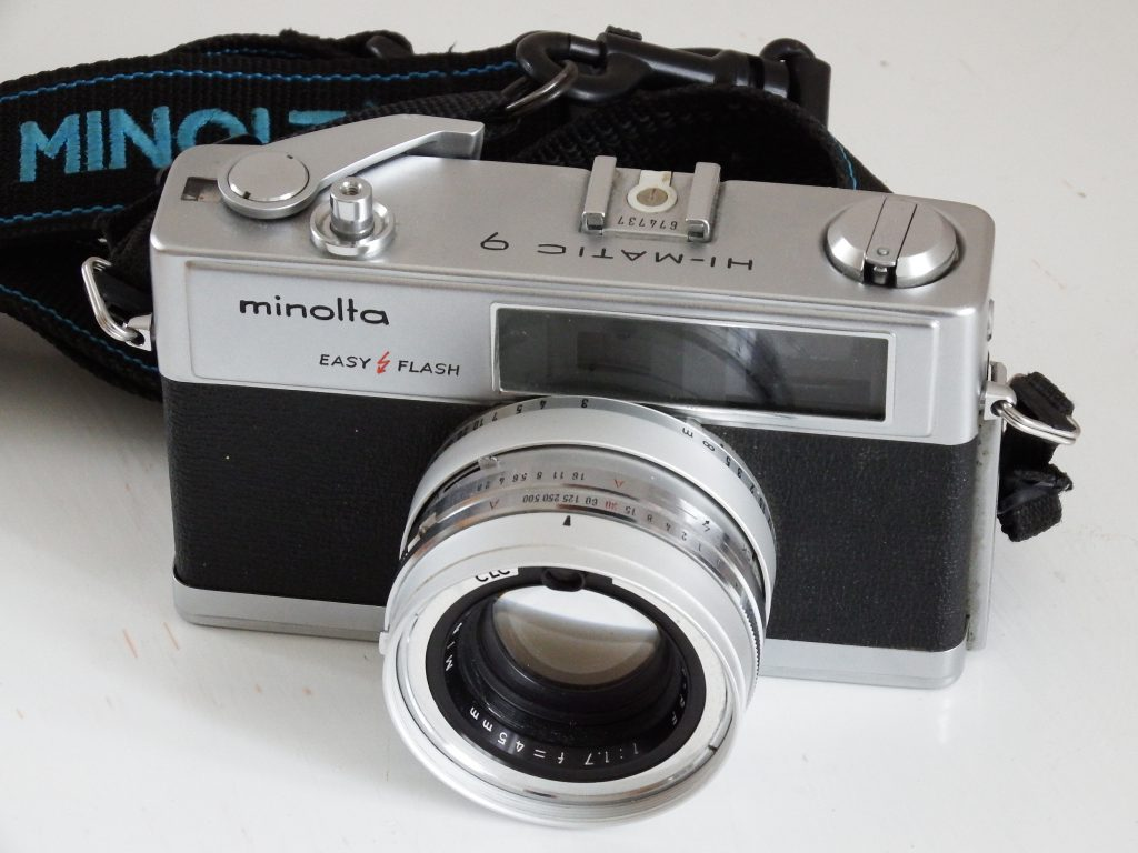 Minolta Hi-Matic 9 review