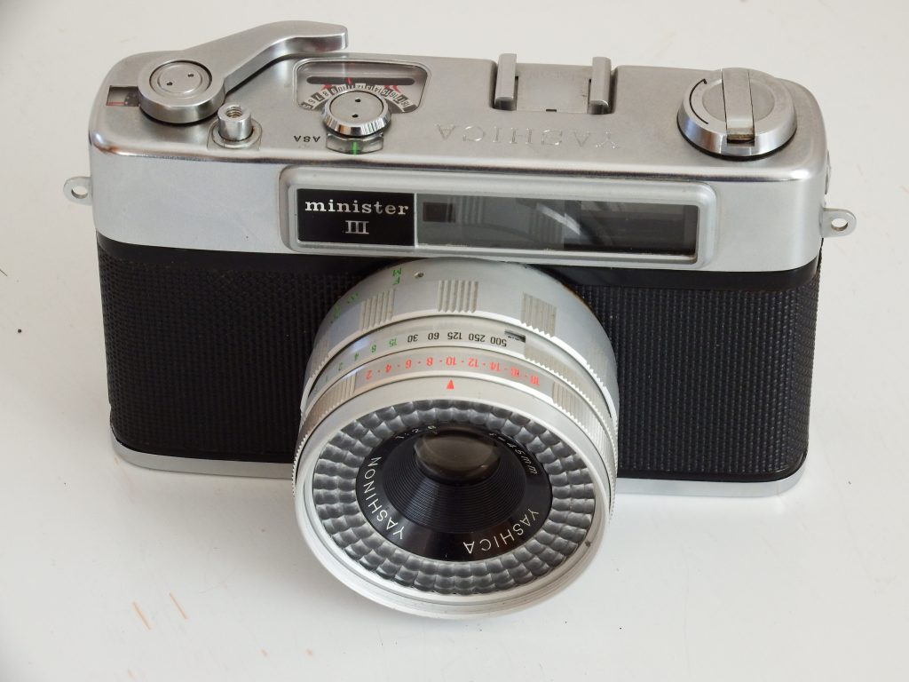 Yashica Minister III review